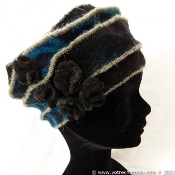 Woman boiled wool beret with 5 small roses 15820489257