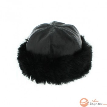 Woman fur hat with fake fur and leather imitation skullcap