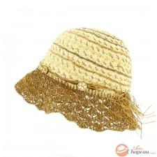 Chapeau de paille en forme de cloche