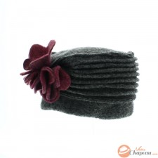 Woman hat boiled wool charleston shape with flower