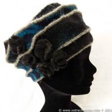 Berretto donna lana cotta con 5 piccole rose nero/blu