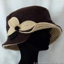 Cappello cloche donna lana cotta con fiore marrone